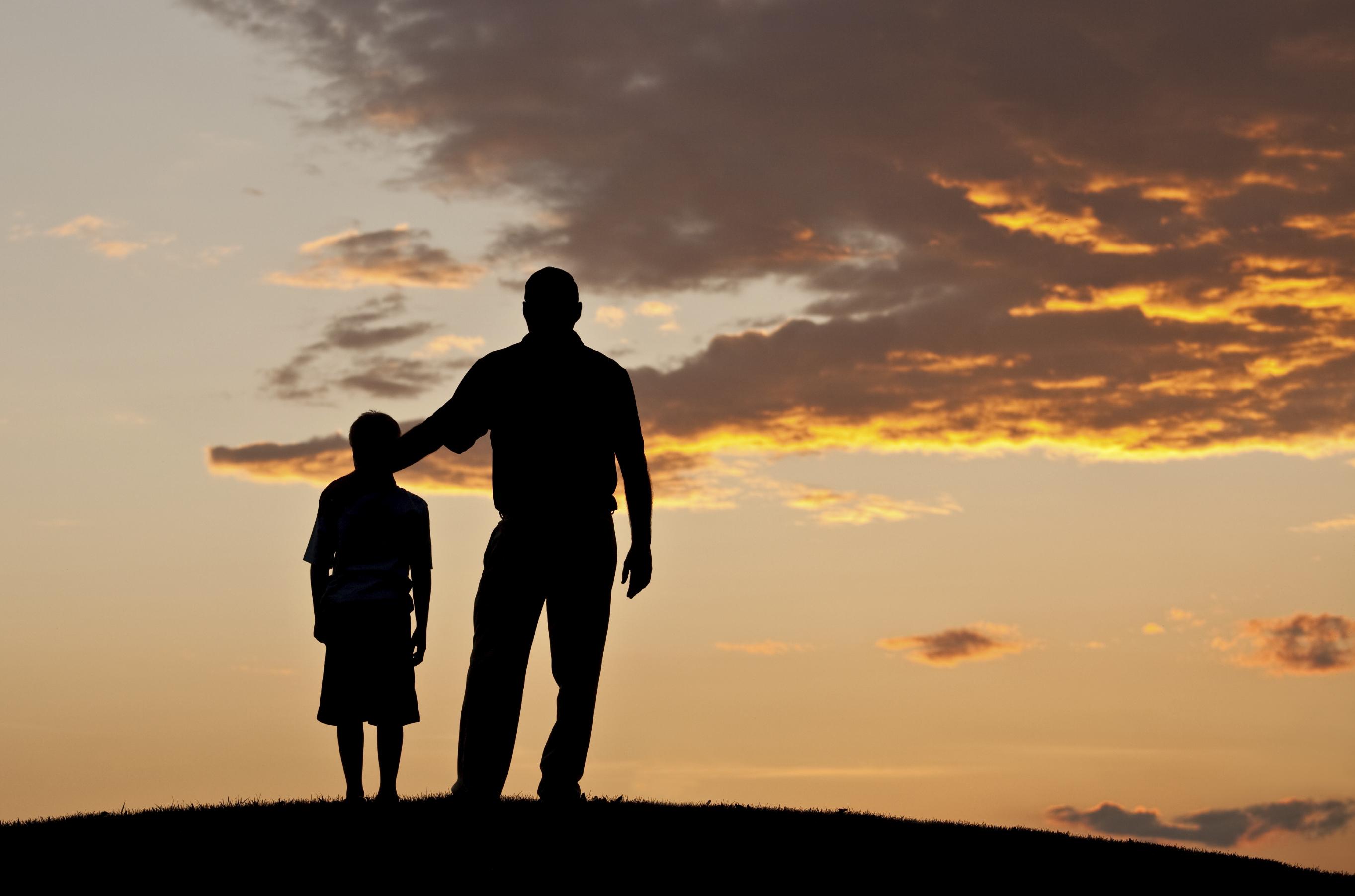 Risultati immagini per padre e figlio